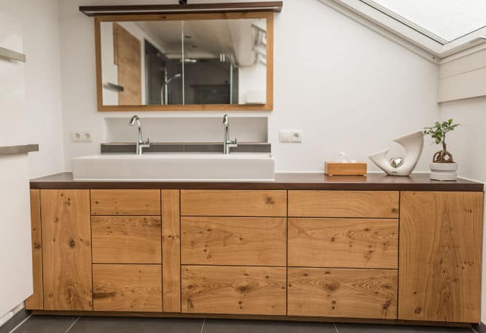BA04 - Bad Waschbeckenunterschrank